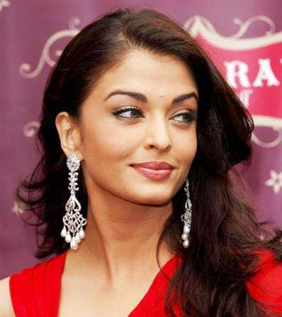 Aishwarya Rai Red Dress