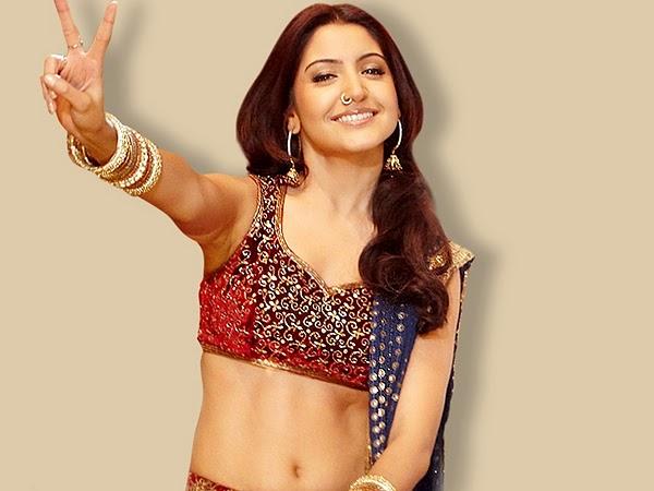 Anushka Sharma hot navel