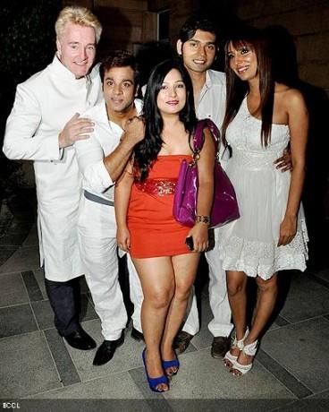 Gary Richardson, Abhishek Awasthi, Designer Aarti Vijay Gupta,Vivek Mishra