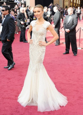Giuliana Rancic in 2012 Oscars Red Carpet
