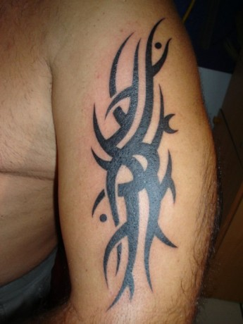 Men Tribal Arm Tattoo Design Fashion for 2012