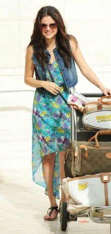 Selena Gomez traveling picture