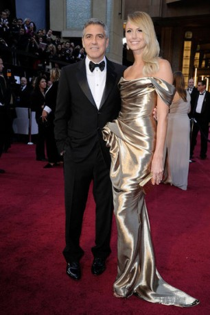 Stacy Keibler and George Clooney in 2012 Oscars Red Carpet