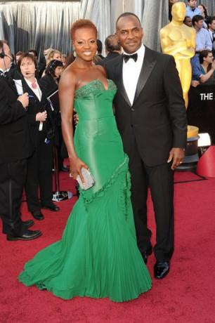 Viola Davis in 2012 Oscars Red Carpet