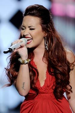 demi lovato latina music Art