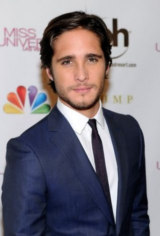 Actor and pageant judge Diego Boneta