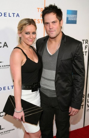 Hilary Duff is engaged to her hockey player boyfriend Mike Comrie