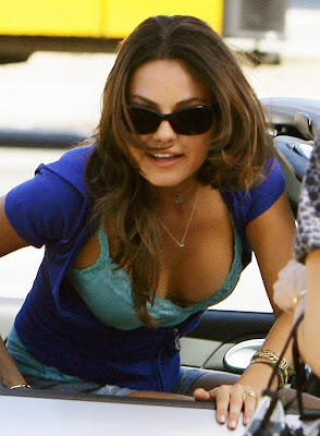 Mila Kunis Hot