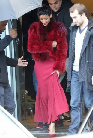 RIHANNA beautiful Red Dress