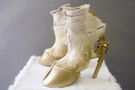 gun hoof shoe