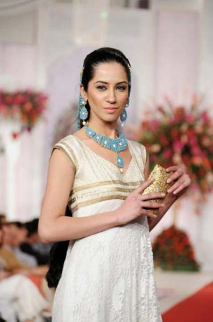 2013 Sonar Bridal Jewellery Collection At Bridal Couture Week