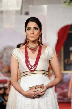 Sonar Sample Bridal Jewellery Collection At Bridal Couture Week