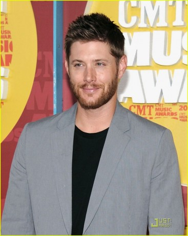 Actor Jensen Ackles attends the 2011 CMT Music Awards