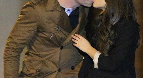 Corrie's Katy and Ryan snog Kissing
