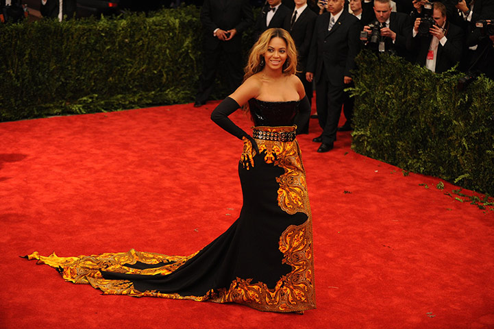 Beyonce in Met Gala Fashion 2013