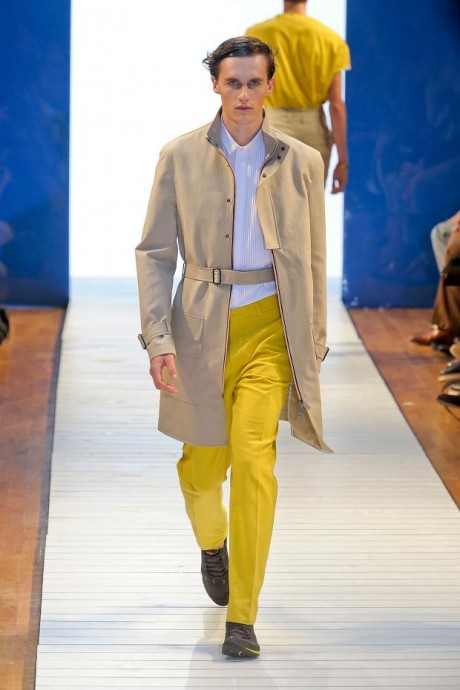 Bright Yellow For Men wear Without Compromising Style Yellow Pant