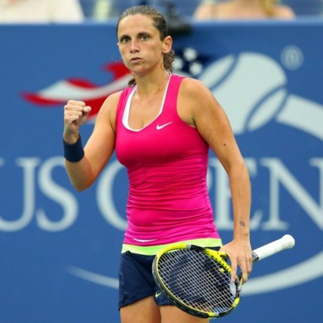 Roberta Vinci Hot Dress Picture
