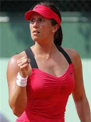Roberta Vinci Hot Red Top Photo