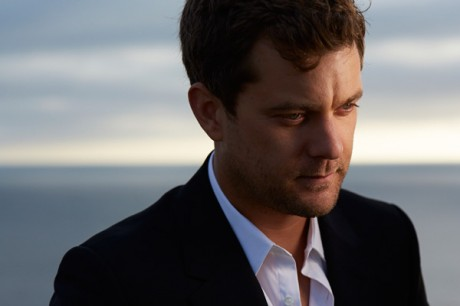 Joshua Jackson Dresses Collection 2013 Snap