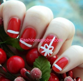Christmas Latest Glitter Nails Art Designs