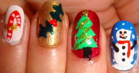 Christmas Tree Nails Art Glitter Designs