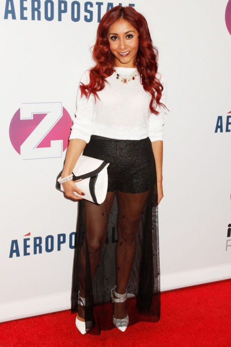 We need to talk about it as Snooki looks amazing