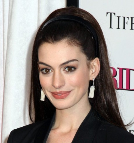Beautiful Actress Anne Hathaway Hot Pictures