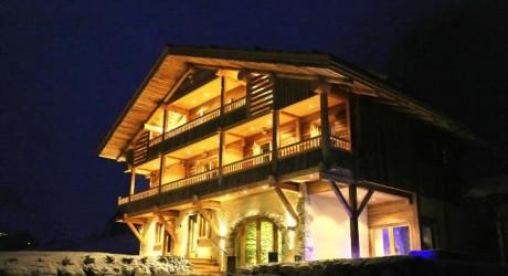 Alpine Guru Luxury Chalets Wallpaper