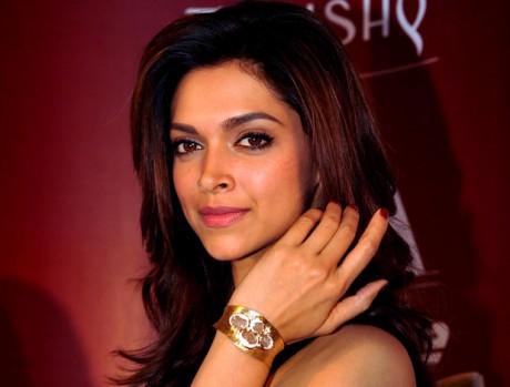 Beautiful Deepika Padukone Hot Photos