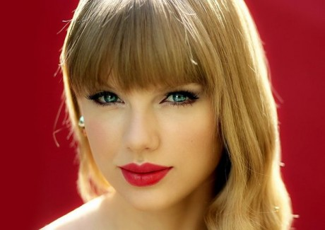 Hot Taylor Swift Wallpapers