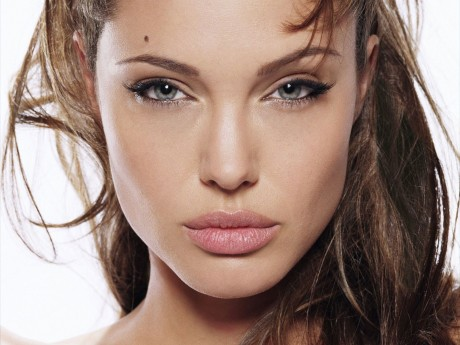Beautiful Angelina Jolie Hot Pictures