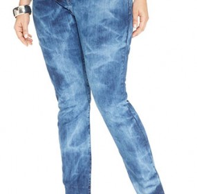Flattering Plus-Size Denim Jeans Pictures