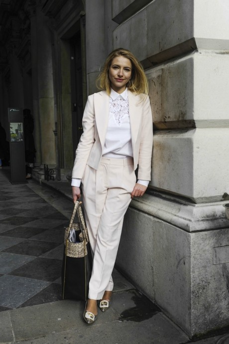 London Street Style Fashion Week Begins with Individualism