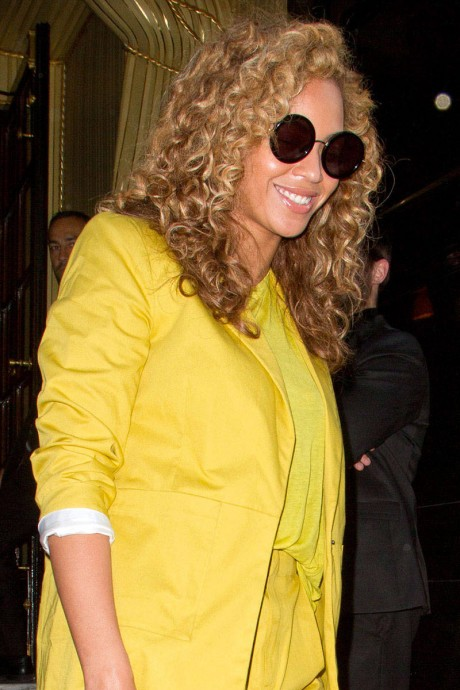 Chic Sunglasses Trends To Favorite Celebs