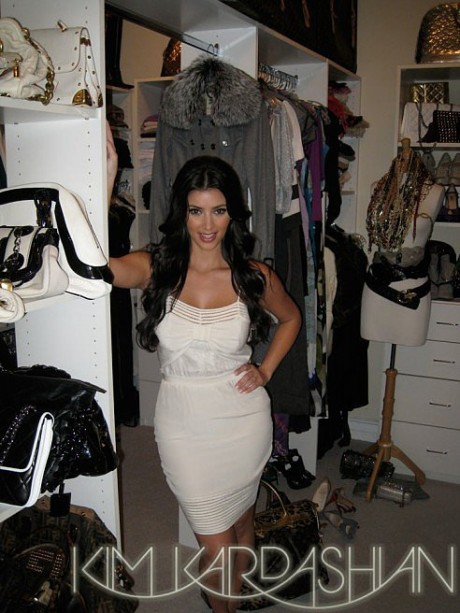 She Was the Queen of the Closet Organizing Scene