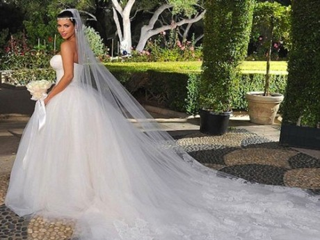 Kim Kardashian Wedding Dress Pictures