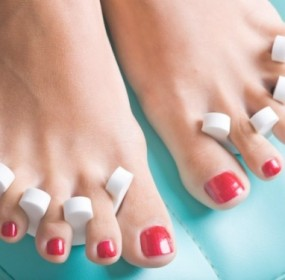 DIY Pedicure tips for sexy spring soles
