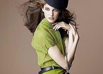 Charming & Cute Model Kendra Spear Bio