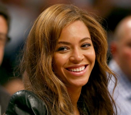 Beyonce highest paid singer in music in 2014 with $115