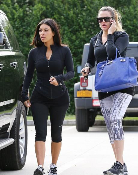 Kim kardashian and Khloe kardashian Hot Workout Pictures