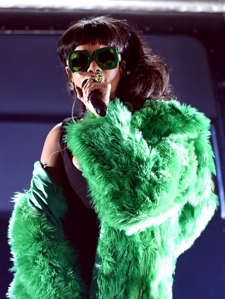 Rihanna iheartradio Music Awards 2015 Picture 04