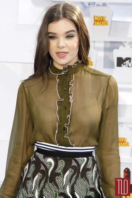 Hailee Steinfeld 2015 MTV Movie Awards Pic