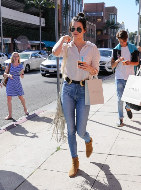 20 Inspiring New Ways to Wear Jeans-12