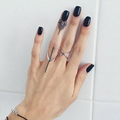 07-final-tfs-finger-tattoos