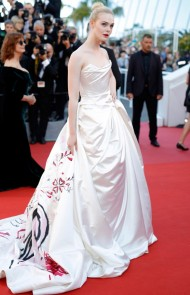 thumbs_elle-fanning-2017cannes-ismaels-ghosts-opening-gala