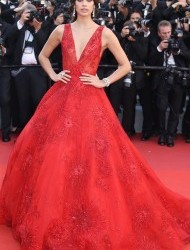 thumbs_sara-sampaio-2017cannes-ismaels-ghosts-opening-gala
